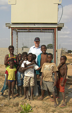 Aquapur System and local children, Angola